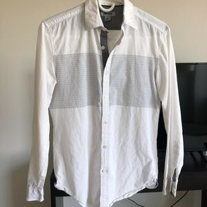 DKNY men's long sleeves button down shirt